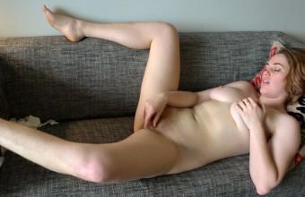 Molly Broad – Australian Beauty